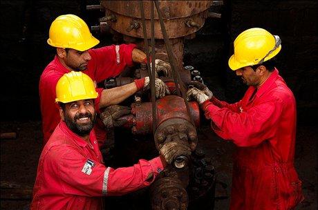 'Tehran in talks with Iranian-Russian consortium to develop oil field'