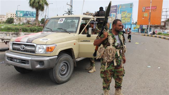 Yemen separatist leader visits UAE, Saudi Arabia amid Aden tensions