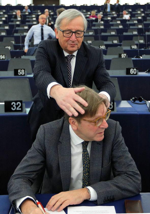 Juncker teases Verhofstadt as EU becomes a playground