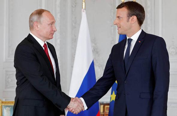 Putin talks to Macron to discuss his planned trip to Russia