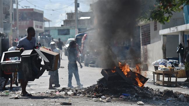 Violent fuel hike protests undeterred in Port-au-Prince
