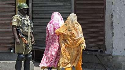 Kashmir goes under Indian curfew amid tensions