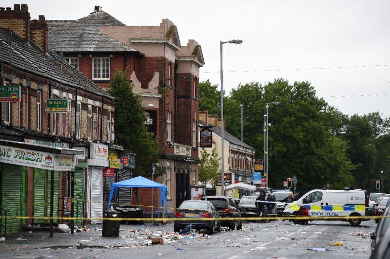 Ten people hurt in 'shooting' in UK's Manchester