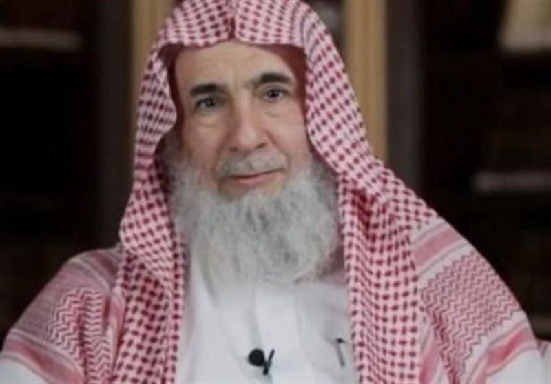 Riyadh widens crackdown on dissent, arrests senior cleric