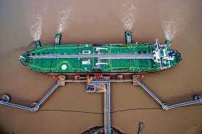 Chinese oil importers shun U.S. crude despite tariff reversal