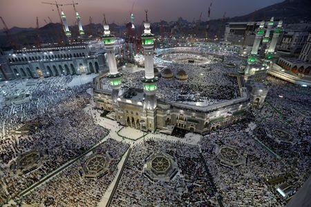 Canada Hajj pilgrims, Saudi students face uncertainty due to diplomatic row