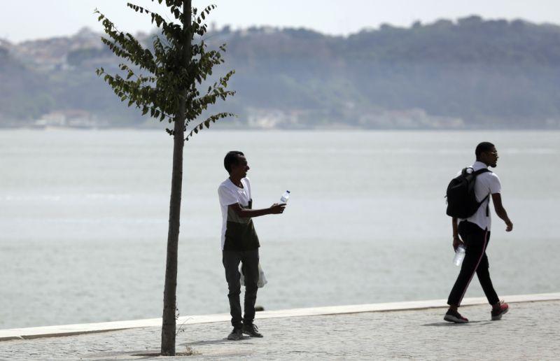 Portugal breaks temperature records amid heatwave