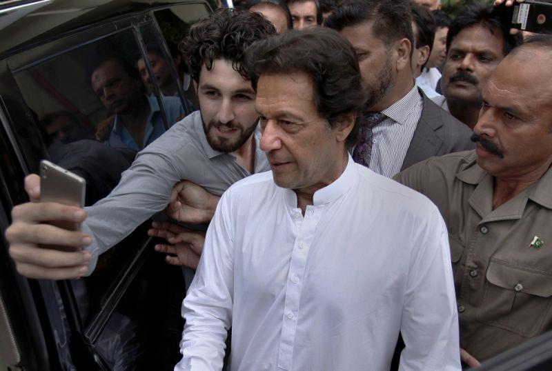 Pakistan's Imran Khan faces probe by anti-graft bureau