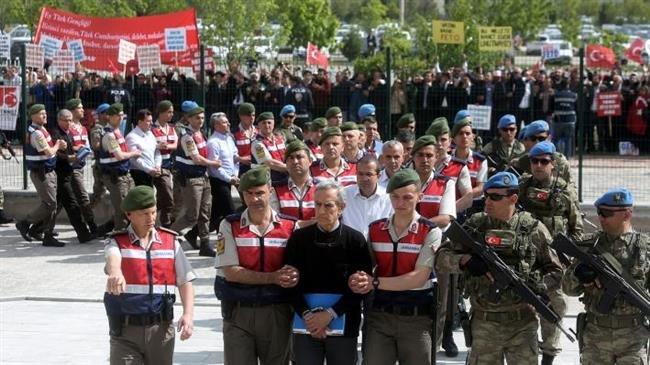 Turkey arrests dozens of on-duty soldiers over affiliation to Gulen movement