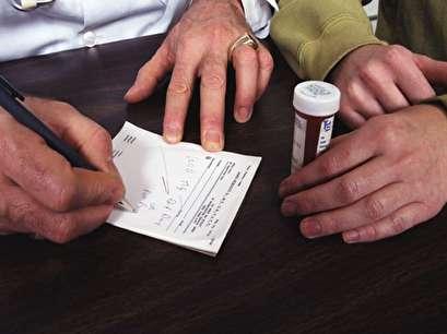 Study: Surgeons overprescribing opioids after nose jobs