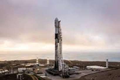 SpaceX delivers Iridium NEXT satellites to space