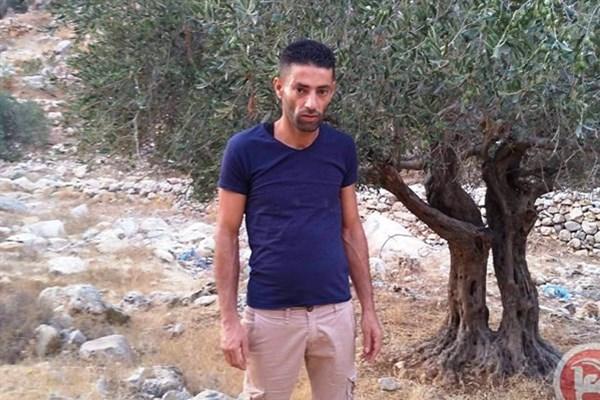 Israeli troops kill Palestinian youth