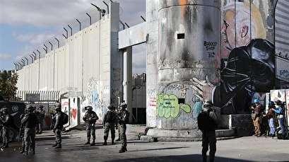 Trump invokes Israeli apartheid wall to justify Mexico border barrier