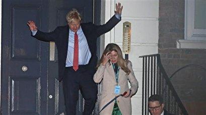 UK's Johnson wins parliamentary majority, Corbyn to stand down