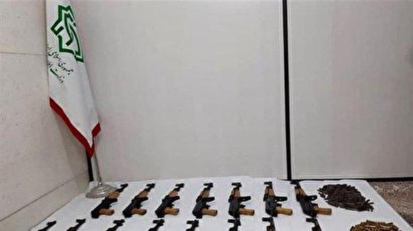 Iran detains members of terrorist group in Ahvaz, busts arms shipment in Javanroud