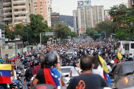 China offers help to Venezuela to restore power