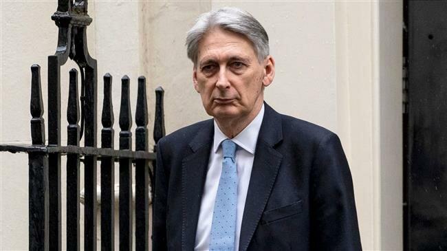 Philip Hammond: Second Brexit referendum 'deserves to be considered'