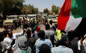 Sudan protesters move to protect Khartoum sit-in