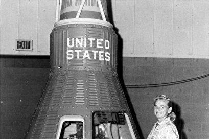 Jerrie Cobb, member of NASA's secret 'Mercury 13', dies at 88