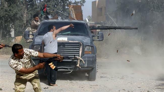 Blasts, airstrikes rock Libyan capital amid fierce fighting