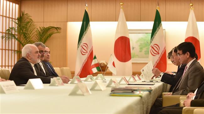 Iran showing maximum restraint despite US exit from nuclear deal: Zarif