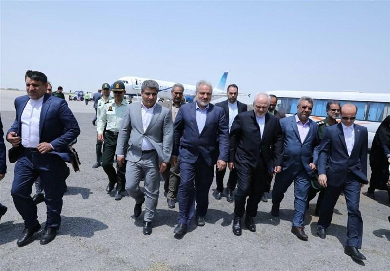Zarif visits Chabahar en route to Pakistan