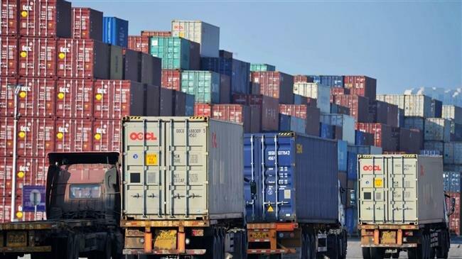 US importers find ways to adapt to, skirt Trump's tariffs