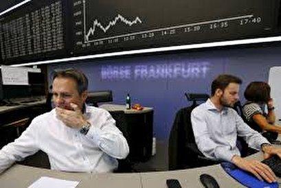 European stocks tumble on trade war blows