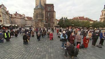Anti-lockdown demonstration turns violent in Prague