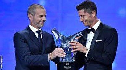 Bayern Munich's Lewandowski wins UEFA men's Player of Year award