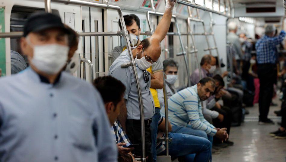 Iran coronavirus: 13,881 infections, 382 deaths