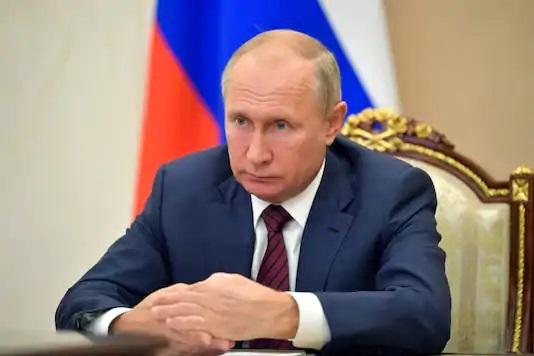 Putin to spy agency staff: Keep up the good work
