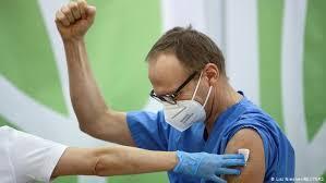 Austria begins COVID-19 vaccination