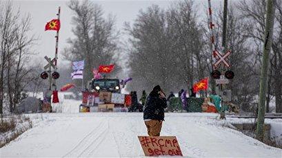 Canada PM scraps Barbados trip amid indigenous anti-pipeline protests