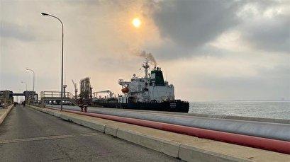 'Gracias Iran' Venezuela's top Twitter trend as Iran tankers deliver much-needed gasoline