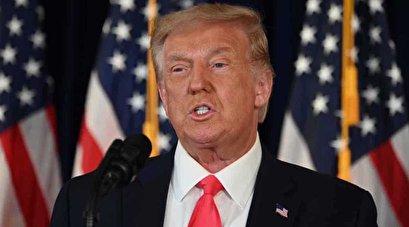 Trump signs virus relief orders after talks with Congress break down