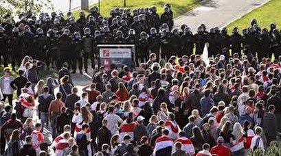 Belarus scene of fresh protests as Lukashenko plans Russia visit