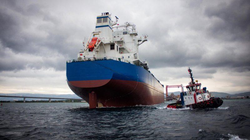 Iran, Azerbaijan to develop maritime transportation coop