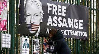 Presidents of Argentina, Venezuela join chorus of calls decrying Assange prosecution
