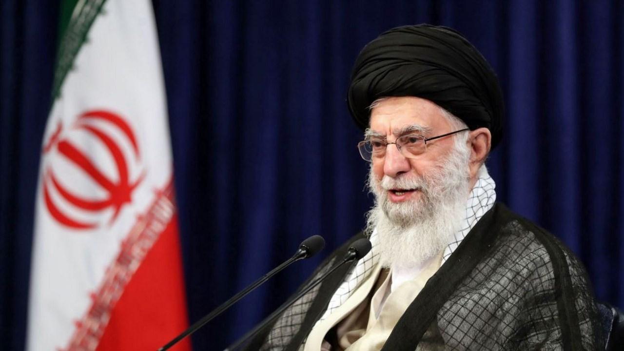 Ayatollah Khamenei: Iran Resisted alone against world powers during Iraq war