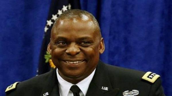 US Defense Secretary Pays Unannounced Visit to Kabul