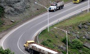 ممنوعیت تردد کلیه وسایل نقلیه از ساعت ۱۳ در محور کرج چالوس ممنوع است