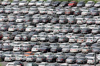 جدول قیمت تازه پر طرف دار ترین تولیدات سه کار خانه خودرو سازی