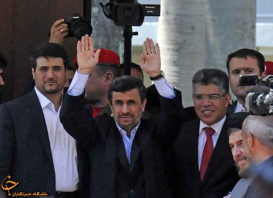 """902911 536 - فیلم و تصاوير خاص حضور """"احمدينژاد"""" در مراسم خاكسپاري چاوز"""
