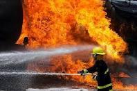 آتشی کە مجتمع مسکنونی ۷ طبقه را دچار مشکل کرد
