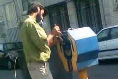 مکانیسم قفل صندوق صدقات مرغ سحر) : صندوق صدقات کمیته امداددرکشورعراق!