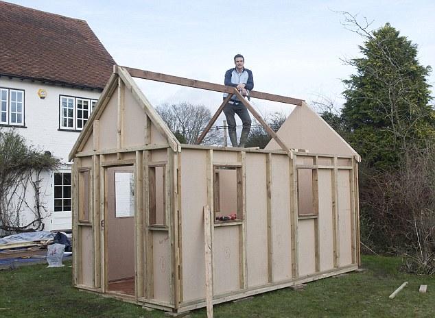 ساخت خانه مجلل و چوبی با هزینه کم تصاویر