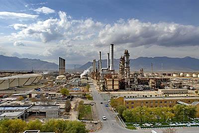 خطوط لوله آماده انتقال فرآورده های نفتی ستاره خلیج فارس است