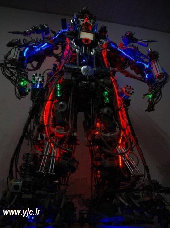 1135725 209 - ساخت ربات با آهن قراضه +عکس