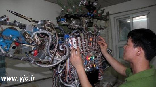 1135726 885 - ساخت ربات با آهن قراضه +عکس